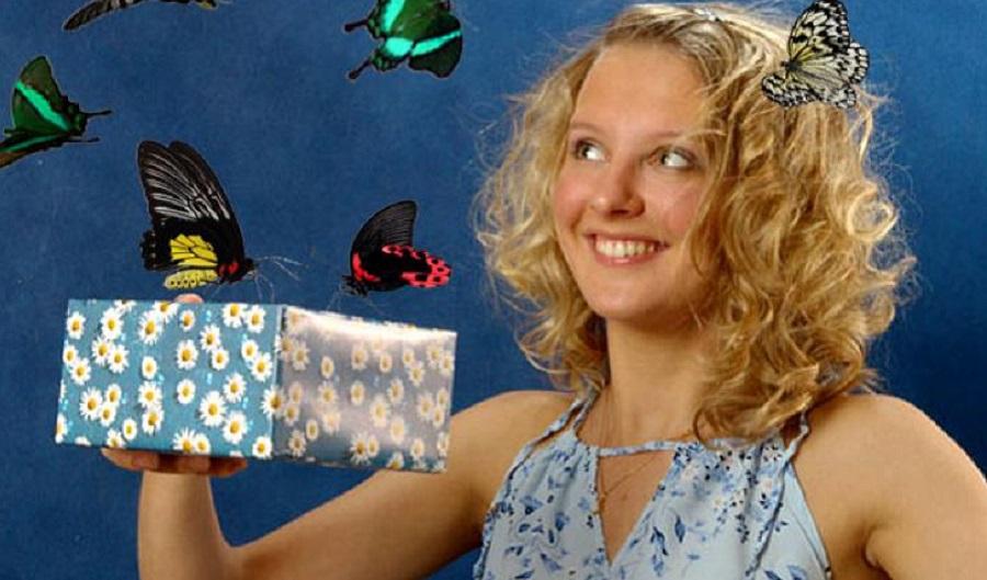 что подарить девушке на день рождения Салют из живых бабочек